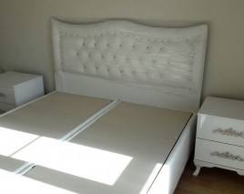Beyaz Parlak Yatak Odası Takımı